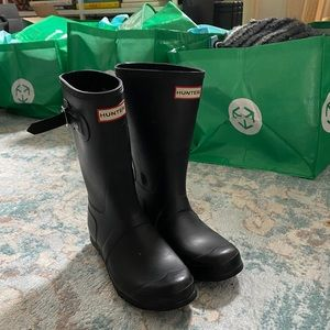 Black Hunter Short Boots